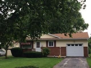 Photo of home for sale at 723 EDGEWOOD Avenue, Lancaster OH