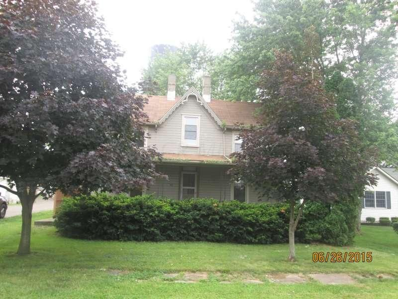 Photo of home for sale at 101 Church Street N, New Holland OH