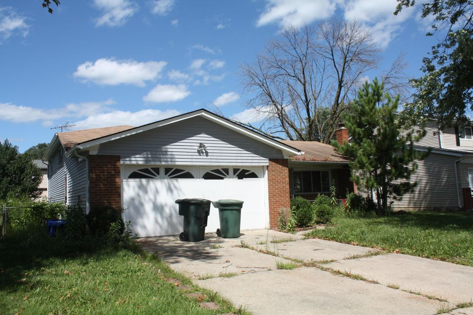 Photo of home for sale at 1310 CLYDESDALE Court, Columbus OH