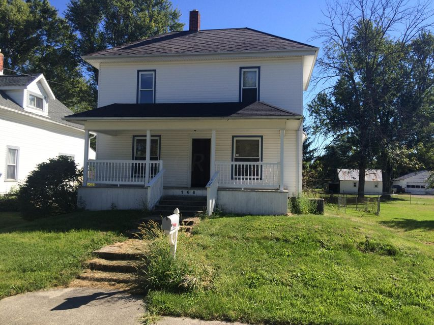 Photo of home for sale at 108 Blaine Avenue, Richwood OH