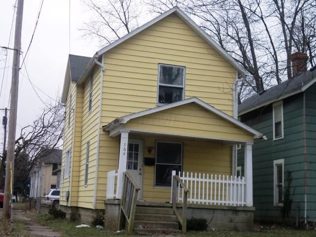 Photo of home for sale at 164 Dix Street, Marion OH