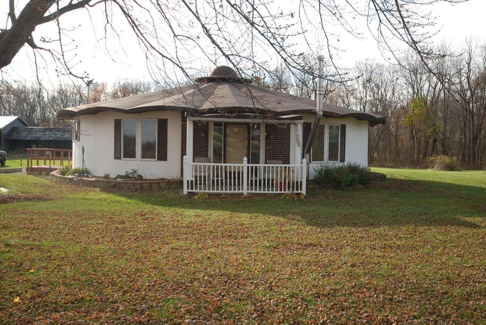 Photo of home for sale at 32291 State Route 37, Richwood OH
