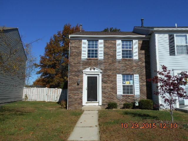 Photo of home for sale at 1976 Elbert Drive, Powell OH
