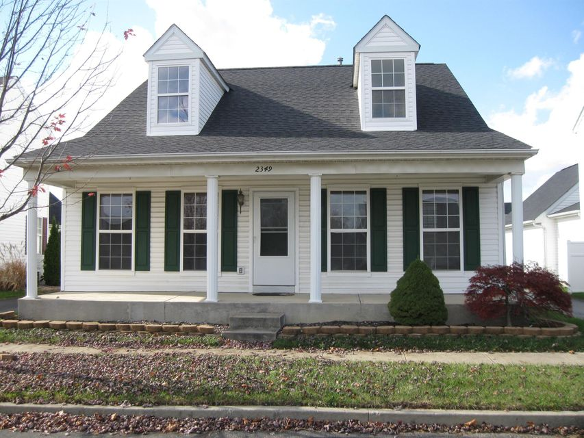 Photo of home for sale at 2349 Hotchkiss Street, Grove City OH