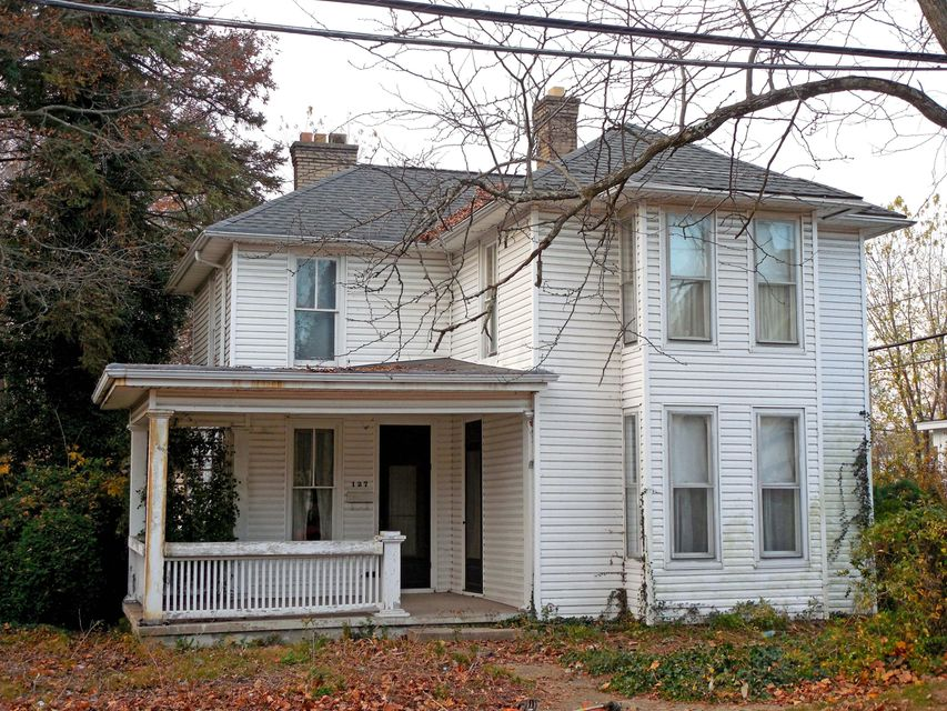 Photo of home for sale at 127 LONG Street, Ashville OH