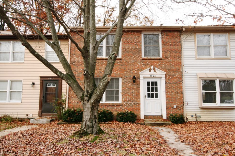 Photo of home for sale at 4523 Christina Lane, Columbus OH