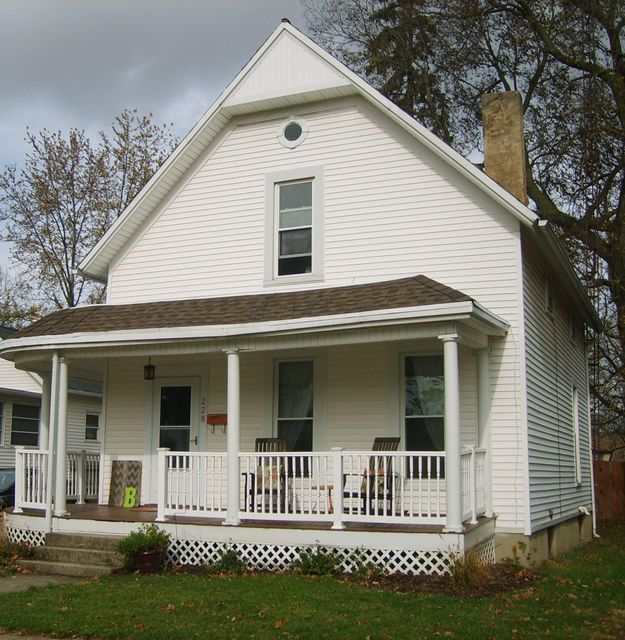 Photo of home for sale at 228 Church Street E, Urbana OH