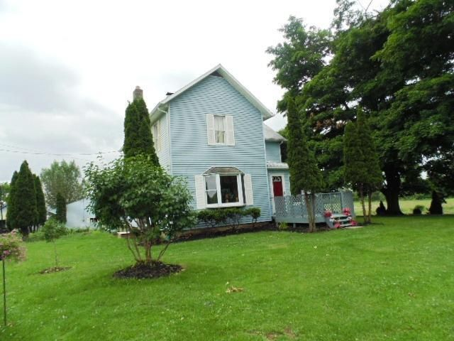 Photo of home for sale at 5717 Vanatta Road, Centerburg OH