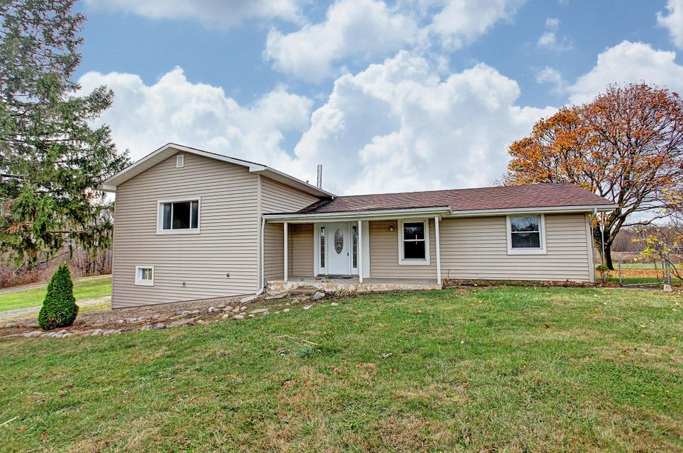 Photo of home for sale at 62 Township Road 16, Centerburg OH
