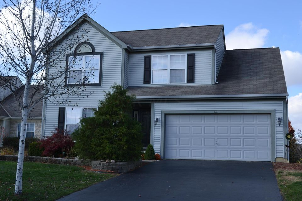 Photo of home for sale at 42 Wrens Nest Court, Etna OH