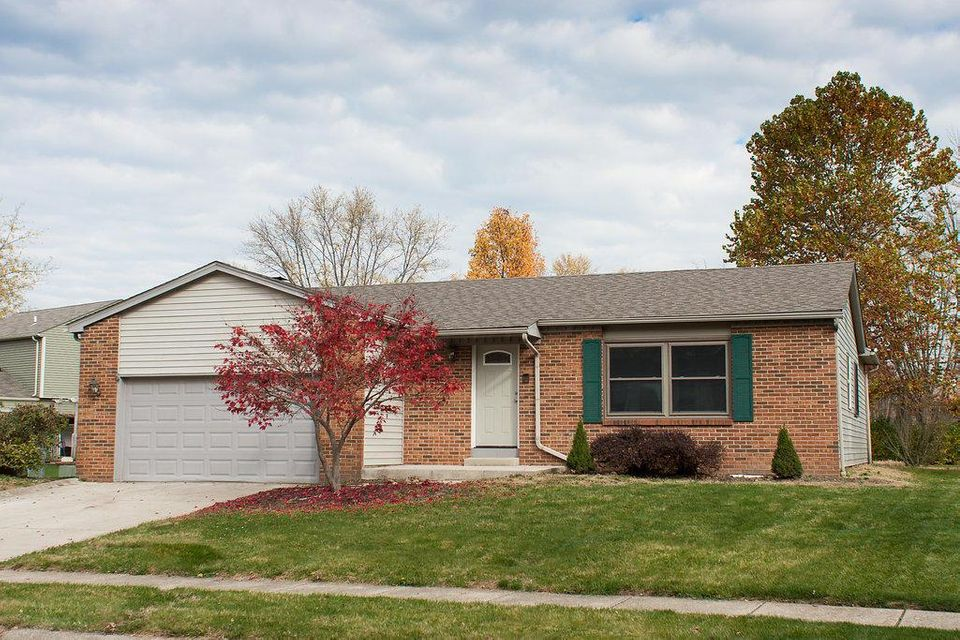 Photo of home for sale at 4152 BLUE BONNET Court, Westerville OH