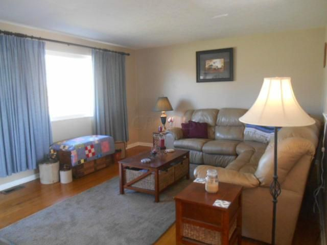Photo of home for sale at 3583 Ferrell Place, Columbus OH