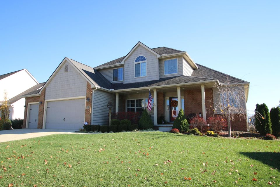 Photo of home for sale at 23 Wildflower Drive, Centerburg OH