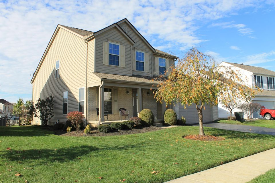 Photo of home for sale at 2859 Jared Place, Columbus OH