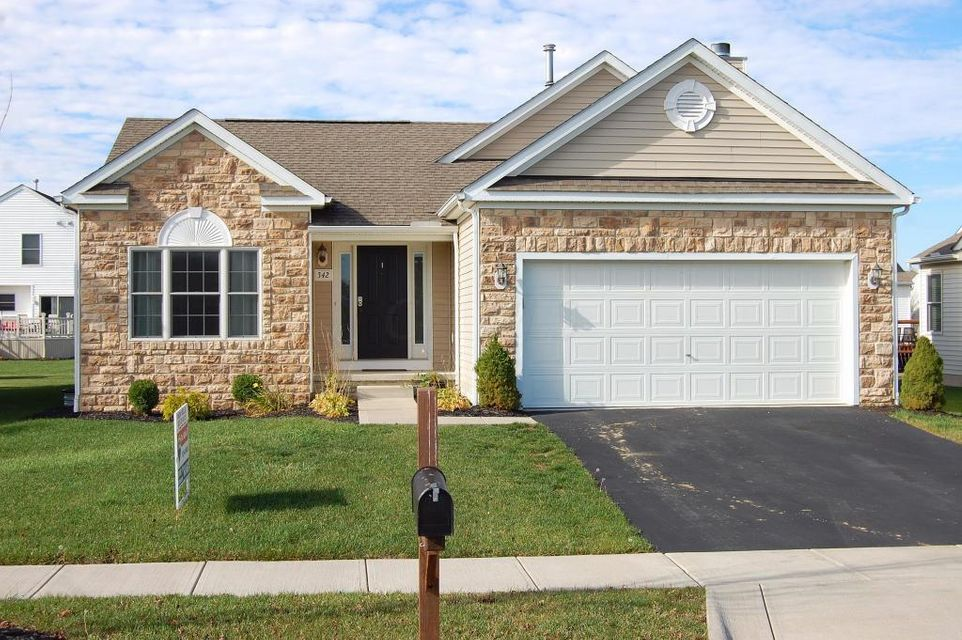 Photo of home for sale at 342 Triple Crown Way, Marysville OH