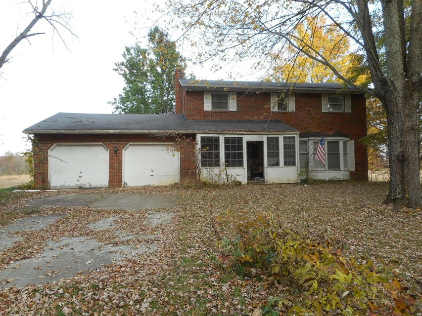 Photo of home for sale at 14475 Woodtown Road, Sunbury OH