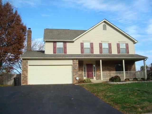 Photo of home for sale at 12311 Thoroughbred Drive, Pickerington OH
