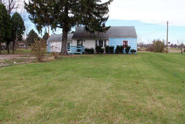 Photo of home for sale at 13120 NATIONAL Road SW, Etna OH