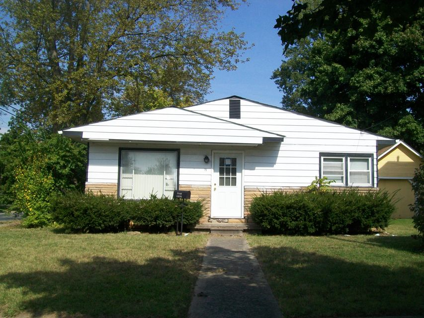 Photo of home for sale at 75 Oak Street, Delaware OH