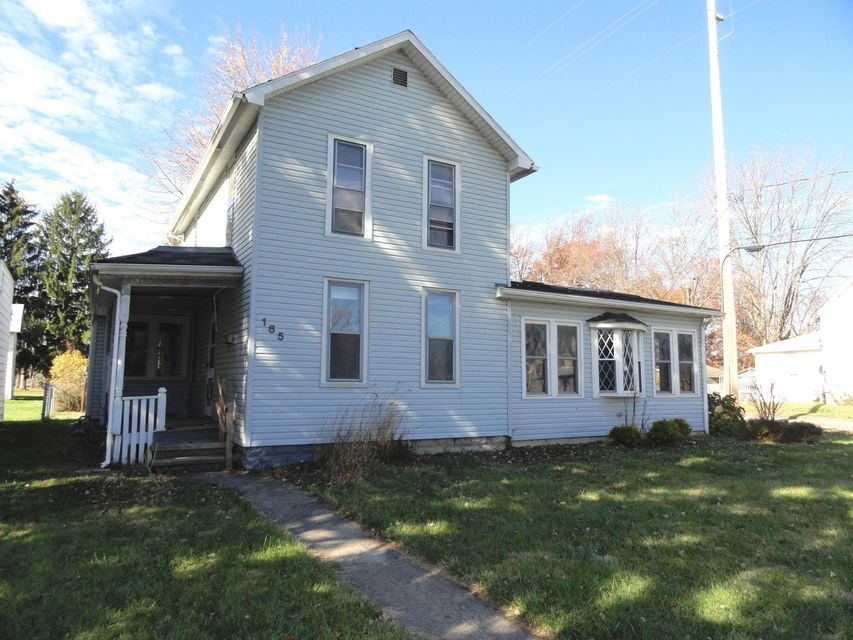 Photo of home for sale at 165 Franconia Avenue, Marion OH