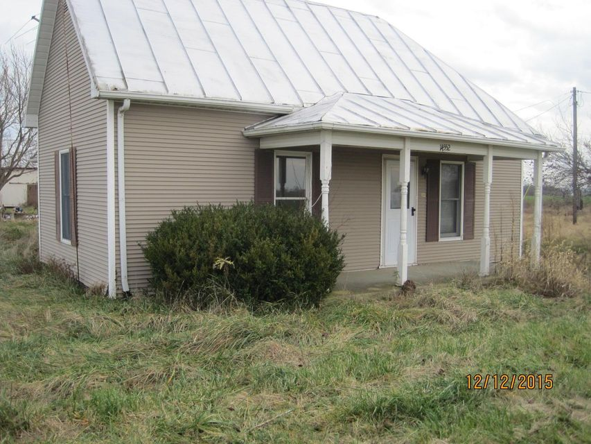 Photo of home for sale in Clarksburg OH