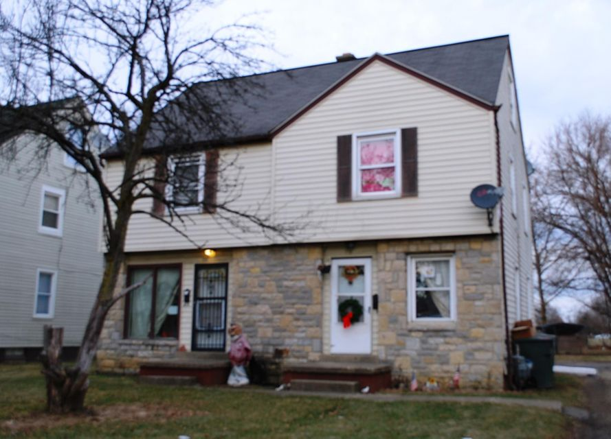 Photo of home for sale at 770-772 Butler Avenue, Columbus OH