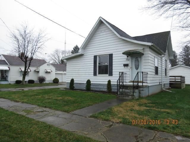 Photo of home for sale at 133 Bolton Avenue, Newark OH