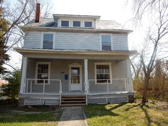 Photo of home for sale at 298 Sandusky Street N, Delaware OH