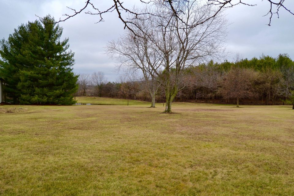 Photo of home for sale at 8911 Hyland Croy Road, Plain City OH