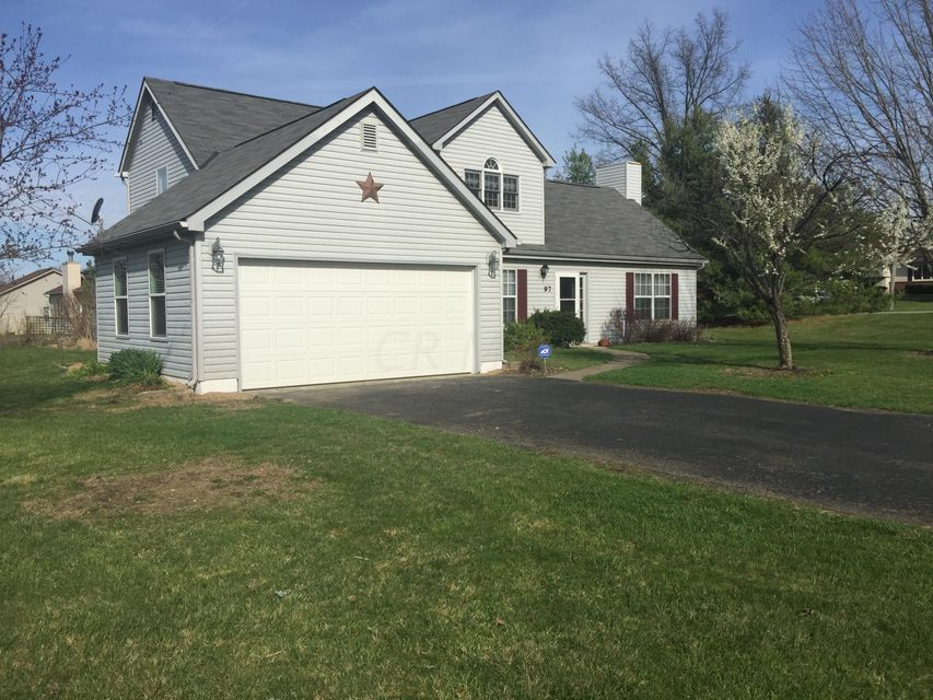 Photo of home for sale at 97 Poff Road, Pataskala OH