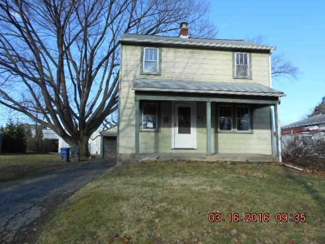 Photo of home for sale at 47 Orel Avenue, Columbus OH