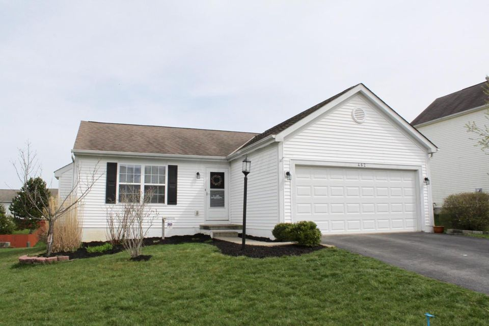 Photo of home for sale at 462 Albion Street, Pickerington OH