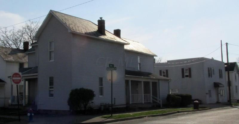 Photo of home for sale at 908 Union Street, Lancaster OH