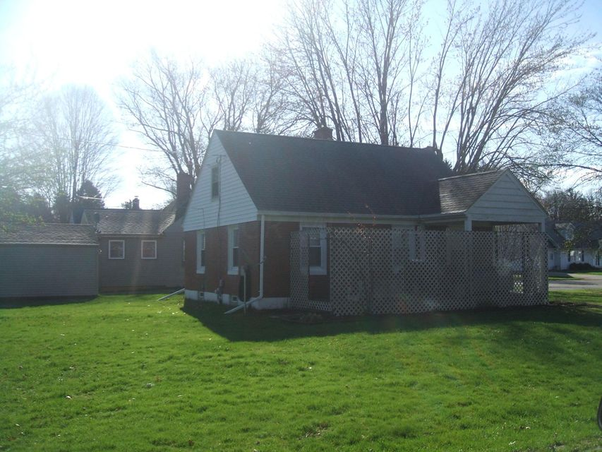Photo of home for sale at 210 Stare Road, Newark OH