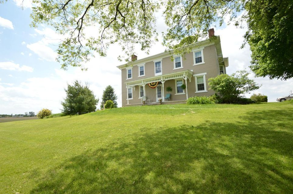1635 AMANDA NORTHERN Road, Canal Winchester, OH 43110