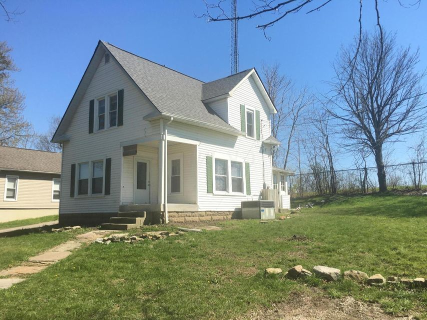 Photo of home for sale at 58 Weiser Avenue, Delaware OH