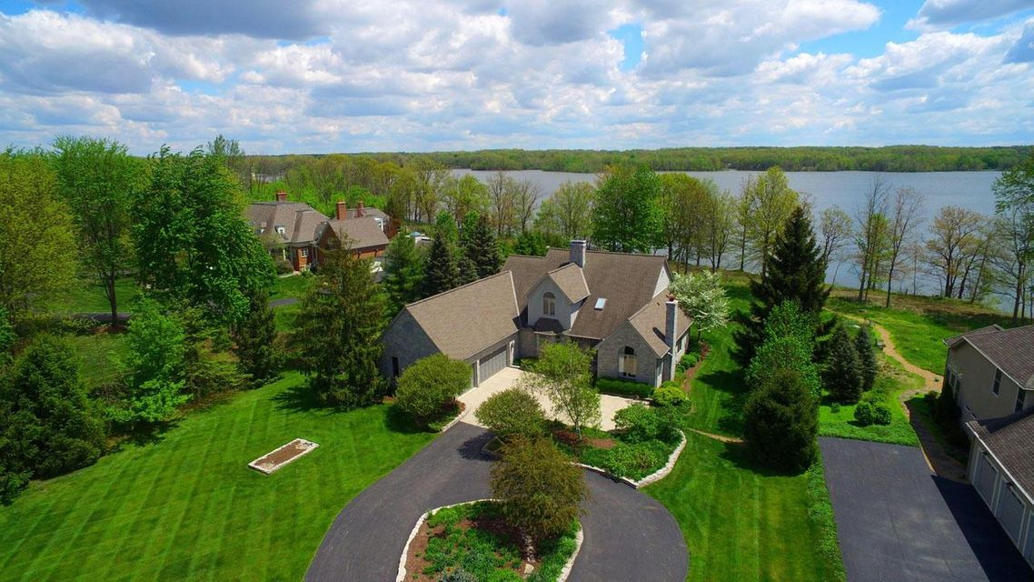 Photo of home for sale at 5353 Sunbury Road, Westerville OH