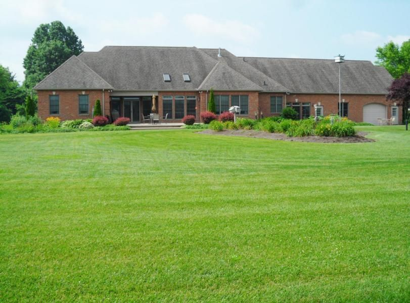 Photo of home for sale in Nashport OH