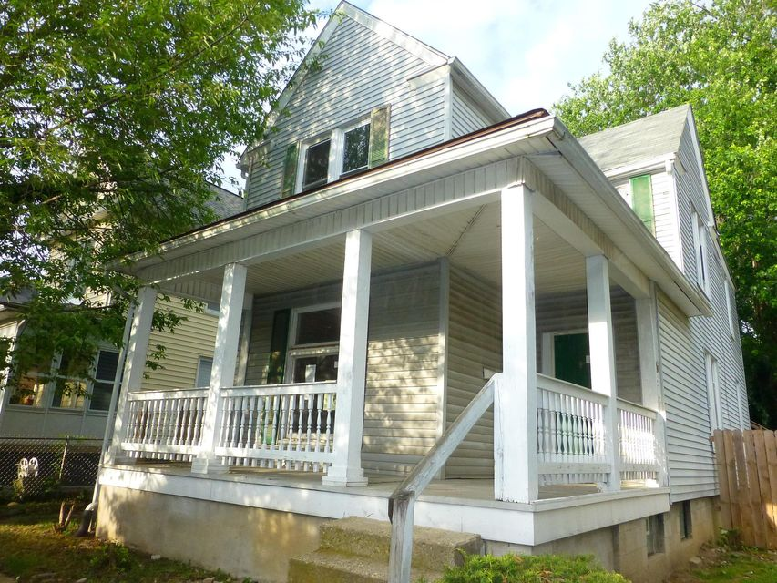 Photo of home for sale at 1342 Hamlet Street, Columbus OH
