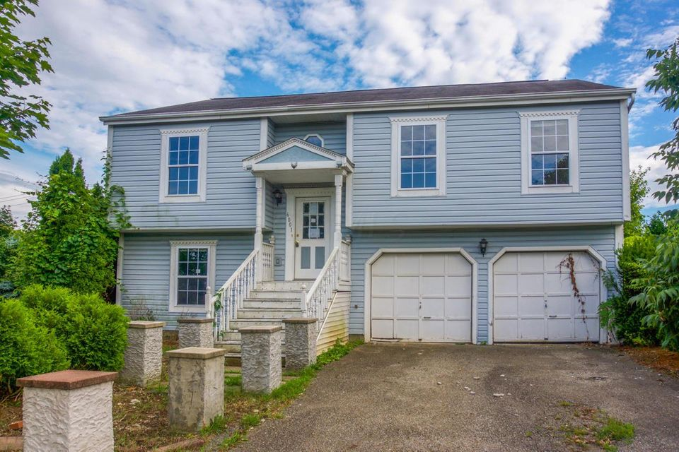 Photo of home for sale at 6001 Rover Lane, Columbus OH