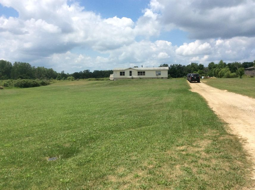 Photo of home for sale at 3168 County Road 170, Cardington OH