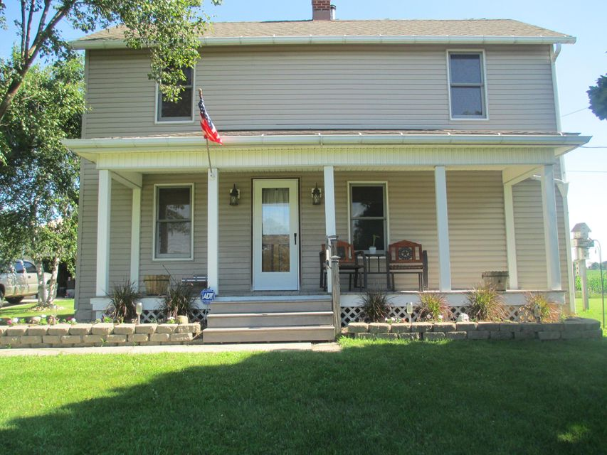 Photo of home for sale at 9510 Lancaster Circleville Road SW, Amanda OH