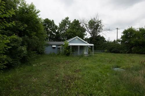 Photo of home for sale at 1166 Wilson Road N, Columbus OH
