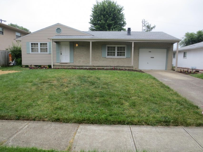 Photo of home for sale at 5480 Redwood Road, Columbus OH