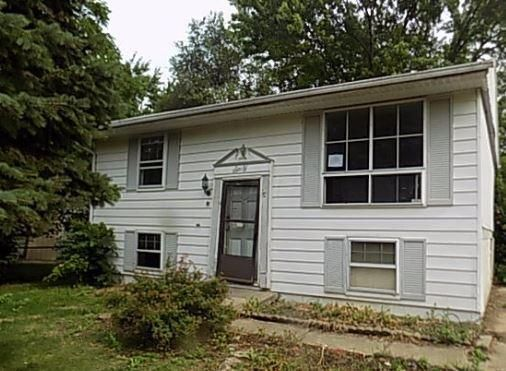 Photo of home for sale at 60 Shaffer Drive, Groveport OH