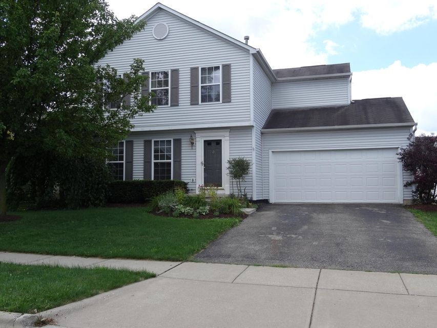 Photo of home for sale at 6803 Winchester Crossing Boulevard, Canal Winchester OH