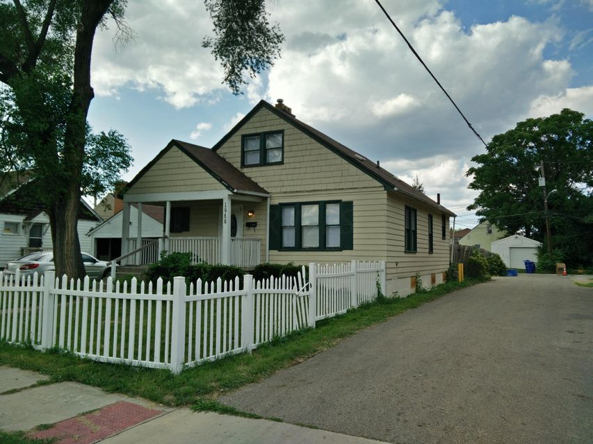 Photo of home for sale at 1646 Sycamore Street E, Columbus OH