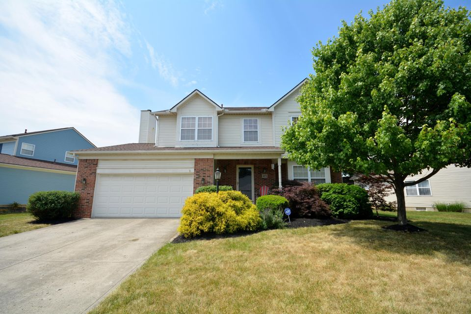 Photo of home for sale at 471 Springwood Lake Drive, Columbus OH