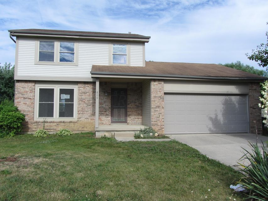 Photo of home for sale at 800 Lancia Lane, Galloway OH