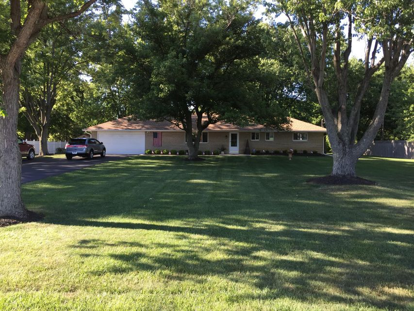Photo of home for sale at 3880 ORDERS Road, Grove City OH